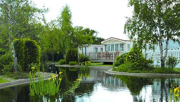 Parkdean Southview Holiday Park Lake
