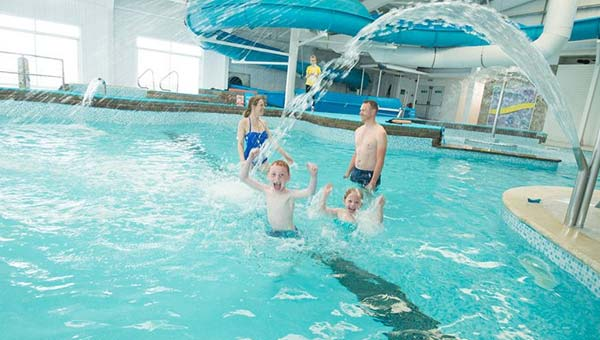 Parkdean Carmarthen Bay Holiday Park pool