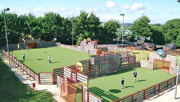 Parkdean lower hyde Holiday Park sports