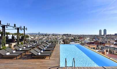 Grand Hotel Central Barcelona pool