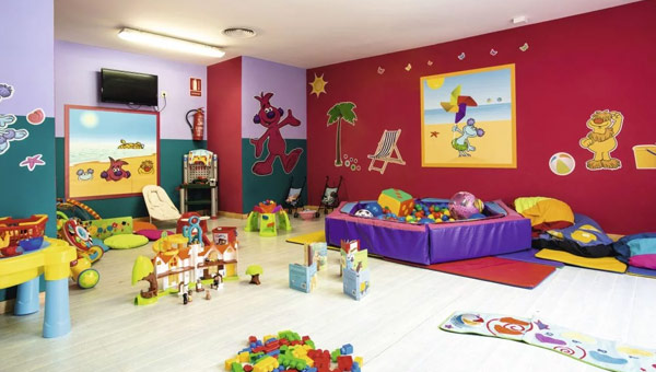 Holiday Village Menorca Hotel Kids Club