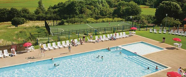 devon bay holiday park swimming pool