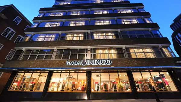 Hotel Indigo Tower Hill exterior